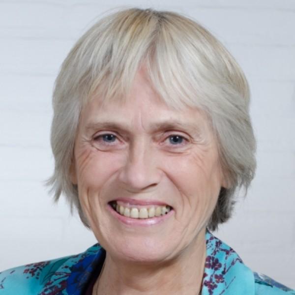 Antoinette Wibbelink-Oosterwijk